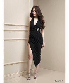 Đầm body cổ v chéo tà màu đen sexy