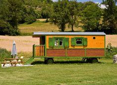 charming gipsy caravan very comfortable in Midi Pyrénées - France