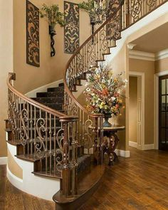 Beautiful staircase interiors dream house stairway walls stair home interior wall decor design . Foyer Decorating, Tuscan Decorating, Decorating Ideas, Stairway Decorating, Decorating Ledges, Design Toscano, Tuscany Decor, Villa Plan, Staircase Design