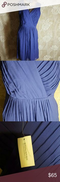 "Gorgeous New BANANA REPUBLIC DRESS size 4 NWT purple size 4  length from shoulders down 37"" , zips up sude , New $150 Banana Republic Dresses Midi"
