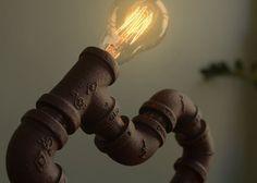 Balise de SteamPUNk industriel fer tube lampe comprend par air2gas, $89.95