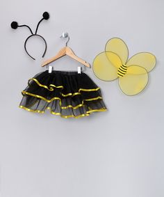 {Yellow Bumble Bee Dress-Up Set} Like the simplicity.