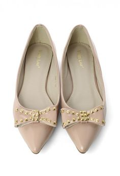 Studded Bow Pointed Flat Shoes