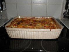Juustoinen jauhelihapaistos Lasagna, Stew, Banana Bread, Good Food, Food And Drink, Pasta, Baking, Ethnic Recipes, Desserts