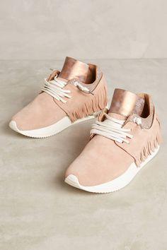 Slide View: 1: Esse Ut Esse Fringe Sneakers