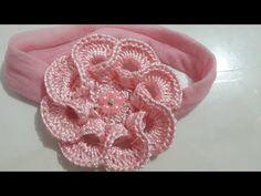 How to Crochet Entrelac - Tunisian Interlaced Patchwork Diamonds Entrelec by Naztazia Crochet Flower Tutorial, Crochet Flower Patterns, Crochet Stitches Patterns, Crochet Flowers, Diy Crafts Crochet, Crochet Projects, Crochet Hair Accessories, Baby Fabric, Crochet Videos