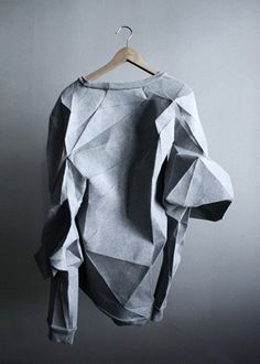 New Ideas Origami Design Architecture Wearable Art Paper Fashion, Origami Fashion, Fashion Art, Fashion Design, Fashion Trends, Fashion Outfits, Fashion Details, Look Fashion, Funky Fashion