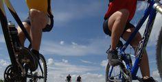 Fit bleiben ohne Sport - Bewegung im Alltag - Mit der Bahn zur Arbeit, acht Stunden sitzen und abends vor der Glotze hängen?
