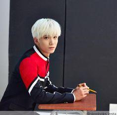 Hwiyoung 휘영    Kim Youngkyun 김영균    Sf9    1999    177cm    Rapper    Dancer