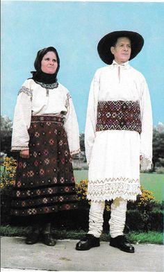 Iasi, Moldavia Folk Costume, Costumes, Romania Travel, Folk Clothing, Eastern Europe, India, Ukraine, Lace Skirt, The Past