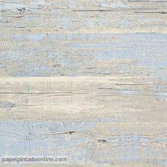 Papel Pintado Esseantially Yours 47533 madera desgastada con apariencia vintage en tonos azules y beige.