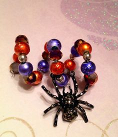 Halloween spider wine glass charm ring by Megthemama on Etsy Charm Rings, Wine Glass Charms, Halloween Spider, Holiday Decorating, Ornament Wreath, Martini, Silver Plate, Charmed, Craft Ideas