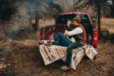 Couple anniversary session in the back of a truck. Montana spring in the woods. Romantic Photography, Popular Photography, Couple Photography Poses, Maternity Photography, Friend Photography, Photography Ideas, Backlight Photography, Photography Composition, Photography Aesthetic