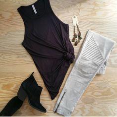 Tips And Strategies For bikram yoga humor Yoga Fashion, Fashion Outfits, Travel Outfits, Pretty Outfits, Cute Outfits, Pretty Clothes, Jeggings Outfit, Leggings, Moto Jeans