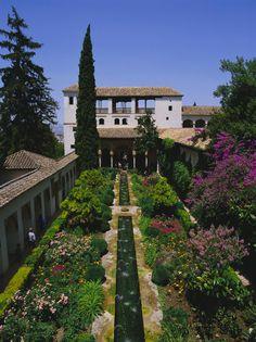 La Alhambra (Granada): Aquí ya huele a primavera. - 50 paisajes donde siempre debería ser primavera