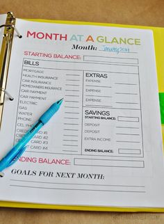 Month at a Glance- part of the ultimate Budget Binder from http://www.thirtyhandmadedays.com