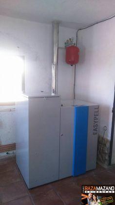 caldera de pellet limpieza automática, pequeño depósito de inercia incluido, solo te preocupas de ella una vez cada 3 meses