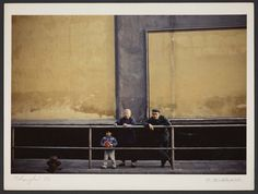 Michel Delaborde, Shanghai, (grands parents avec leur petits fils) 1981. © Ministère de la culture (France), Médiathèque de l'architecture et du patrimoine, Diffusion RMN-GP