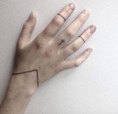 Simple Bracelet Tattoo by Eva Bryant