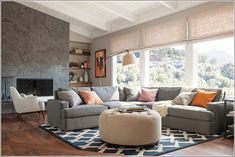 Minimalist living room designs are about less being more! Comfortable Living Rooms, Cozy Living Rooms, Living Room Colors, Living Room Modern, Living Room Sofa, Living Room Designs, Living Room Decor, Minimalist Home Decor, Minimalist Living