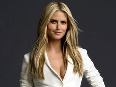 Miss Heidi Klum. I want my hair like this!