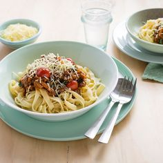 A healthy spin on a family favourite, spag bol! Tagliatelle Pasta, Baby Spinach, Healthy Smoothies, Cherry Tomatoes, I Foods, Food Inspiration, Lamb, Spaghetti, Pork