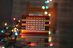 Mon calendrier #Lego mis à jour avec une guirlande pour le #bokeh