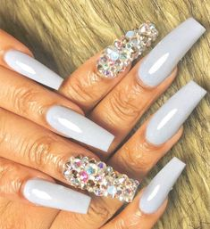 Elegant and Cute Acrylic Nail Designs, unique ideas for you to try in special day or event. Spectacular options to make your nail gorgeous and amazing! Cute Acrylic Nails, Matte Nails, Acrylic Nail Designs, Hot Nails, Hair And Nails, Gorgeous Nails, Pretty Nails, Nails Only, Nails Inspiration