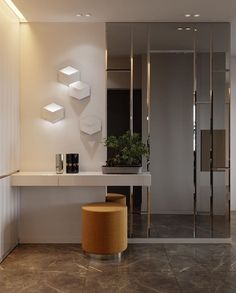 25 Edgy And Cool Mirrors For Your Entryway - Entryway Decor Entrance Decor, Entryway Decor, House Entrance, Apartment Entryway, Entryway Ideas, Entrance Halls, Modern Entryway, Hallway Ideas, New Interior Design