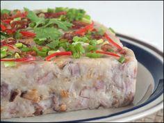 Dim Sum: Orh Kueh (Yam Cake) - Vid Tutorial; recipe here : http://kitchentigress.blogspot.ca/2012/04/orh-kueh-steamed-yam-cake.html