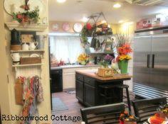 Newly remodeled Farmhouse Kitchen Tour