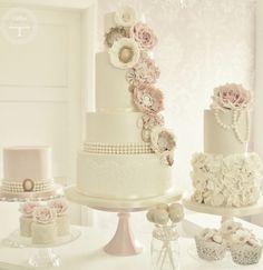 Lindísimo #pastel para tu gran día. ¿Te gusta? #Boda #Wedding #WeddingTips #BodaTips