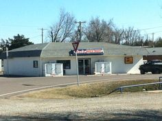 LoopNet - Mac's Quick Mart, Service/Gas Station, 206 N Second, Cyril, OK
