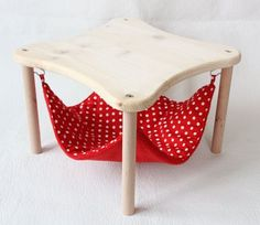 """Hammock holder with 1 hammock """"red with white dots"""" for guinea pigs support de hamac avec 1 hamac """"rouge à … Guinea Pig House, Pet Guinea Pigs, Guinea Pig Care, Diy Hamster Toys, Cat Toys, Hamster Stuff, Hamster Cages, Guniea Pig, Animal Gato"""