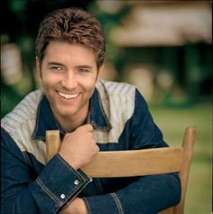 Josh Turner, his voice sounds like melted chocolate.