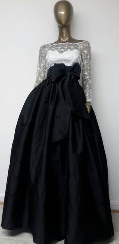 Classic Must Have Fine Indian Silk Taffeta MAXI Skirt. Ball Gown Skirt. Petticoat. Sash. Pockets. Womens. Handmade. Other Colors Available
