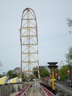 Top Thrill Dragster - Cedar Point - WOW!