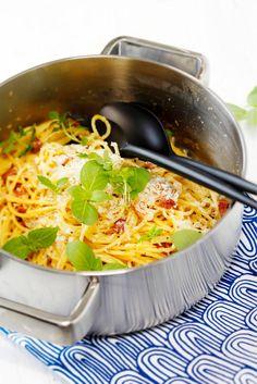 Pasta carbonara Food & Style Elina Jyväs Photo Joonas Vuorinen Maku 6/2014, www.maku.fi