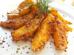 Fırın Patates (lezzet-i Şahane) potato al horno asadas fritas recetas diet diet plan diet recipes recipes Potatoes In Oven, Roasted Potatoes, Vegetarian Fast Food, Potato Diet, Iftar, Meals For Two, Eating Habits, Potato Recipes, Food Inspiration
