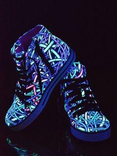 """Schwarzlicht Neon Style Schuhe """"Wired Jungle"""" #blacklight #schwarzlicht #spacetribe #shoes #boots #psy"""