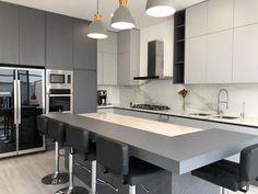 Modern Cabinets, Modern Kitchen Design, Conference Room, Sink, Table, Furniture, Home Decor, Instagram, Kitchens