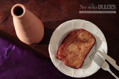 Te sorprenderá esta receta de torrijas rellenas caseras, con pan brioche rellenas de crema pastelera. ¡Están impresionantes!