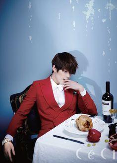 Kim Woo Bin ceci | Kim Woo Bin CeCi March 2013 Look 2