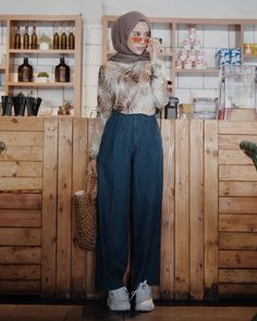 Modern Hijab Fashion, Hijab Fashion Inspiration, Muslim Fashion, Modest Fashion, Fashion Outfits, Womens Fashion, Hijab Style, Casual Hijab Outfit, Hijab Chic