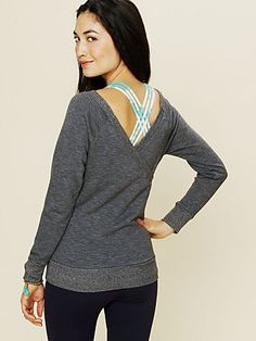 Off the Shoulder V-Back Pullover