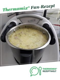 Cheese and leek soup from antorina. A Thermomix ® recipe from the soups category on www.de, the Thermomix ® Community. Cheese leek soup Andrea Balster kochen Cheese and leek soup from antorina. A Thermomix ® recipe from th Clean Eating Soup, Clean Eating Recipes, Healthy Diet Tips, Healthy Cooking, Leek Soup, Easy Diets, Eating Organic, Christmas Cooking, How To Cook Pasta