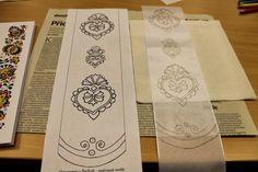 Příroda očima pherenis: Malérečka........... European Countries, Czech Republic, Stencils, Crafts, Crafting, Stenciling, Diy Crafts, Craft, Arts And Crafts