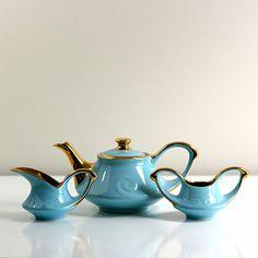 Wise Apple Vintage: Turquoise & Gold Tea Set, at 21% off!