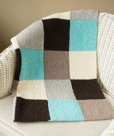 Garter Blocks Baby Blanket: Spud & Chloe Sweater Version Source by rplatts Crochet For Beginners Blanket, Crochet Blanket Patterns, Baby Knitting Patterns, Loom Knitting, Knitted Afghans, Knitted Baby Blankets, Baby Blanket Knit, Manta Crochet, Crochet Baby