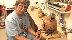 Meet Alretta Skellenger, of Nevis ..a Gourd Artist who shows us the entire the process of gourd making.